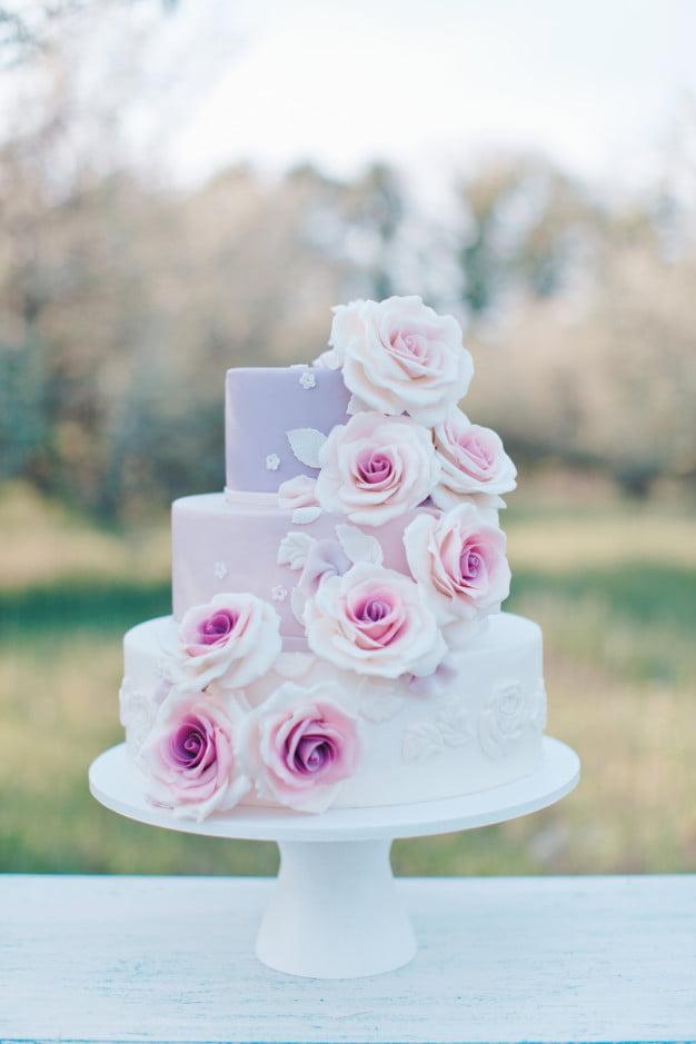 Torty weselne i ślubne 2020 roku